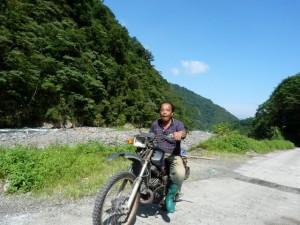 Puli jour 12 – Divers et Golden Buddha, en scooter