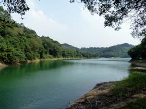 Zigzags autour de Bashan reservoir